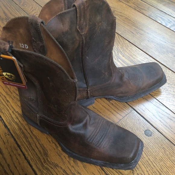 294d93f0181 New with tag Ariat Rambler square toe boot NWT